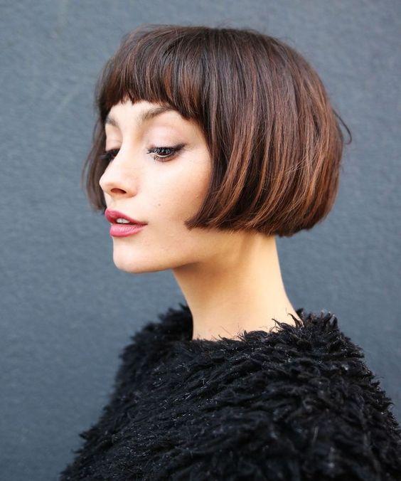 Tunsori La Moda 2018 Par Mediu Scurt Lung Xmodaxcom